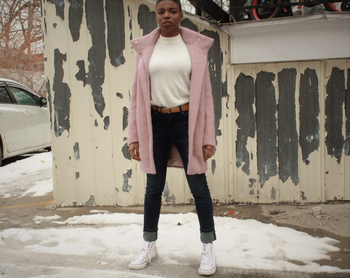 Style_experience_march_2018_pink_long_coat_pose2