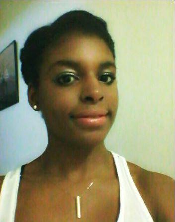 Sophia_age_17_headshot_2